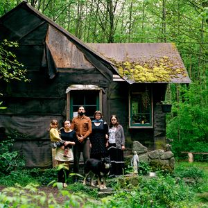 Chickadee and Her Family, Concrete, WA. 2006 © Molly Landreth