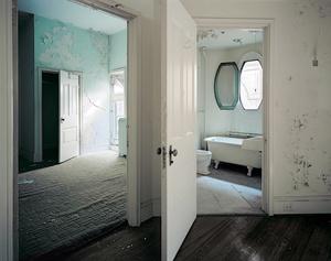 Room 921