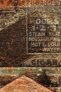 Cigar, Rooms and bricks. New York, USA. 2012.