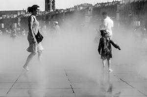 cache cache dans la brume