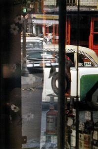 Taxi, 1956 © Saul Leiter
