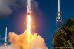 Falcon 9 / CRS-7