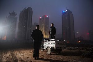 China is striving to cut down rampant pollution, but in many cases, environmental regulations are nonexistent or simply not enforced. © Aleksi Poutanen