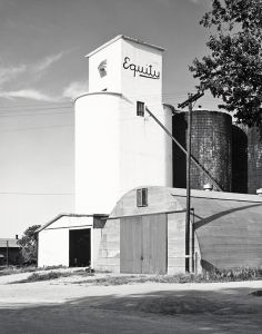 Arriba, Colorado. 1966. © Robert Adams. Image courtesy of Fraenkel Gallery.