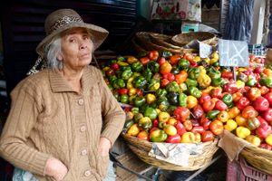 Yolanda selling peppers