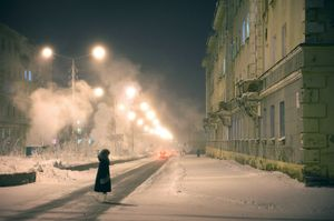 During a hard frost, the temperature can go under -55° C. Steam rises from collectors, transforming the space with a thick fog. © Elena Chernyshova