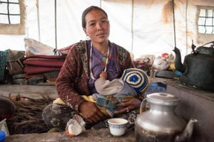 A woman from Ringmo with her baby. Upper Dolpo, Nepal, June 2017.