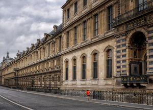 Runner by the Louvre, Paris