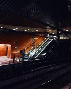 Barcelona Subway: Night