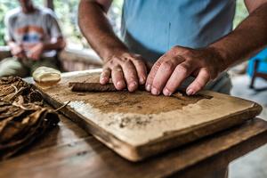 Cuban cigars maker