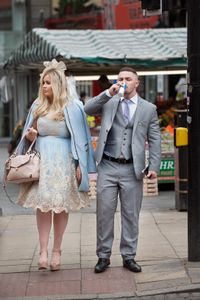 To the races / Aintree