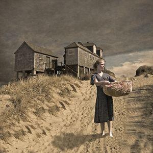 Eilidh in the dunes