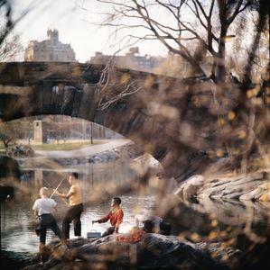 Central Park, New York, c. 1963 © Tony Ray-Jones, 2013, courtesy MACK / www.mackbooks.co.uk
