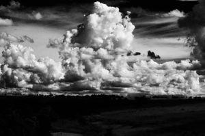 Simplesmente ,nuvens.