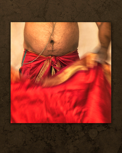 Aarti Priest Dressing