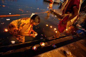 Shivaratri ritual in Varanasi
