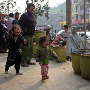 Hmong kids playing