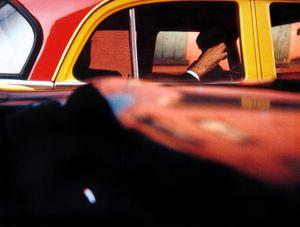 Taxi, New York, 1957 © Saul Leiter