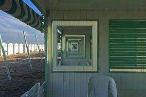 Beach pendulum