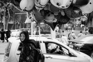 Balloons seller in Chongqing China