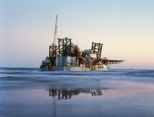 Ocean Warwick Oil Platform, Dauphin Island, Alabama 2005  © Black River Productions, Ltd. / Mitch Epstein. Courtesy of Sikkema Jenkins  Co., New York. Used with permission. All rights reserved.