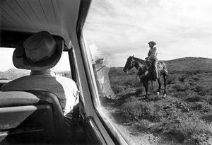 Checking the rangeland, southwest Texas, 1974 © Wendy Watriss and Frederick C. Baldwin