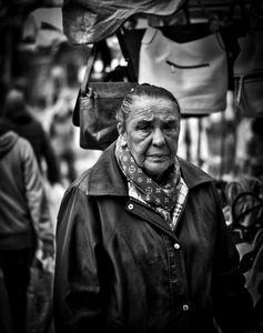 Handbag Seller