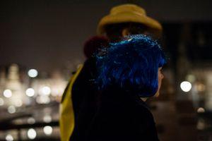 Colour attraction in the dark