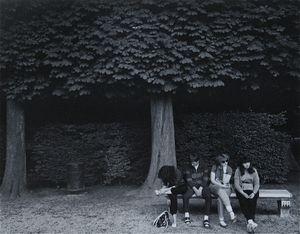 Park Bench, Versailles© Eric Blau