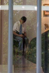 Man behind glas