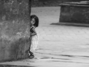 Noora Elkoussy Nepal Portrait_Hide N Seek