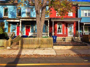 houses, richmond street (lawren harris reprise)