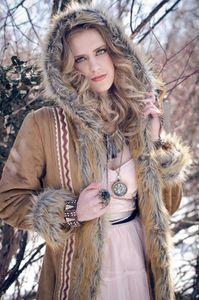 Huntswoman