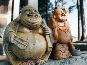 These Japanese god statues were salvaged after the tidal water had ebbed away.© Uma Kinoshita