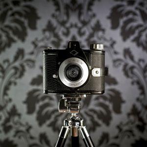 CameraSelfie #6: Clack