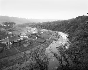 """From the series """"The Tumen River on the Border"""" © Xuezhe Shen"""