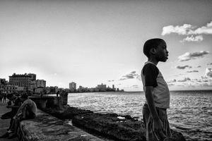 EN EL MALECON, LA HABANA, CUBA 10
