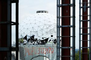 Teufelsberg-The white dome