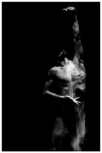 La danza sospesa e il nero opera numero 2