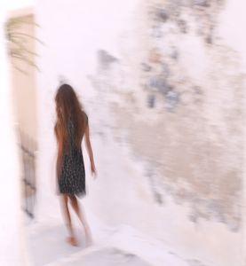 silouette noire à Santorin