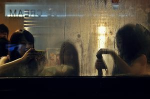 Steamy chatter in Tai Hang
