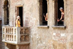 At the Romeo an Juliet balcony