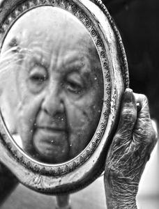 100 Years, beauty age