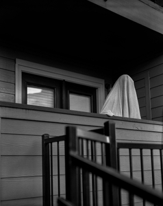 Ghostly Waiting