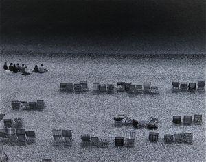 Beach, Beer © Eric Blau
