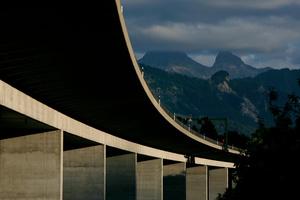 Viaduc de l'autoroute A 12, Le Bry.