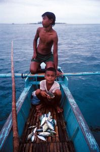 © 2014, Stephen Shames — Philippines. Fishing.