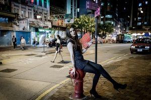 Cleo posing in Sheung Wan, Hong Kong.