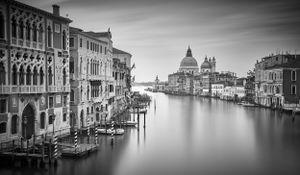 Venice Awake