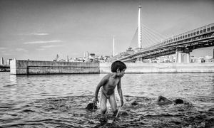 Immigrant Childs playing Golden Horn